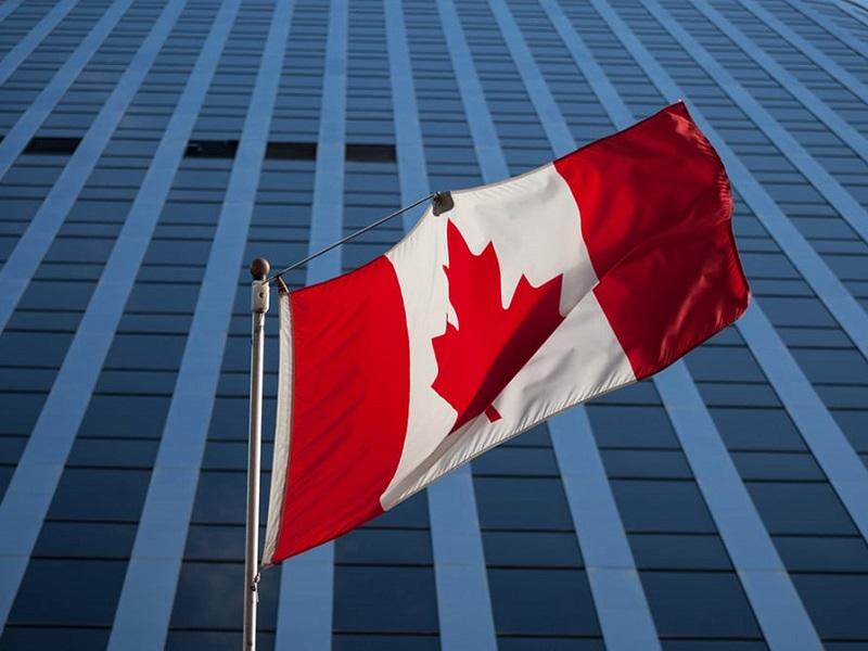 تسهیلات اخذ مجوز کار کانادا برای دارندگان ویزای توریستی